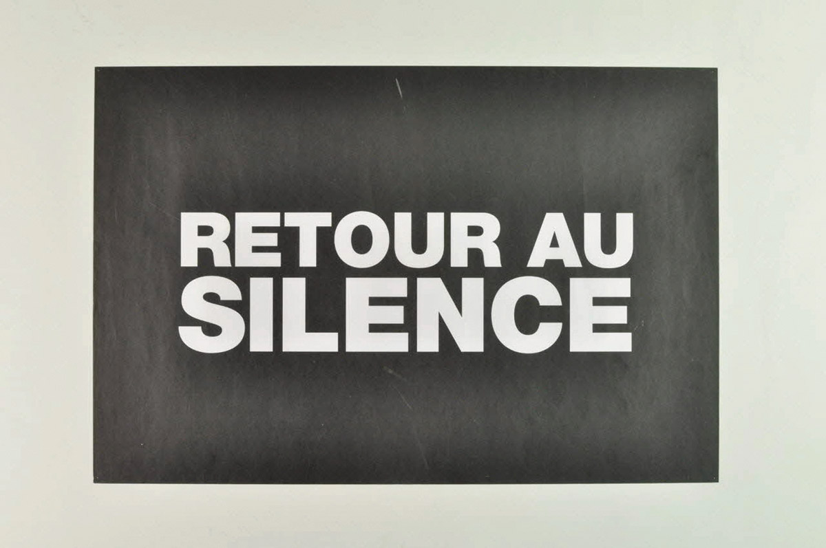 "ACT UP-Paris, Poster ""Retour au silence"" (Back to Silence), December 1, 1998, gift from Christophe Broqua.  Courtesy of Mucem (Inv: 2004.212.11)."