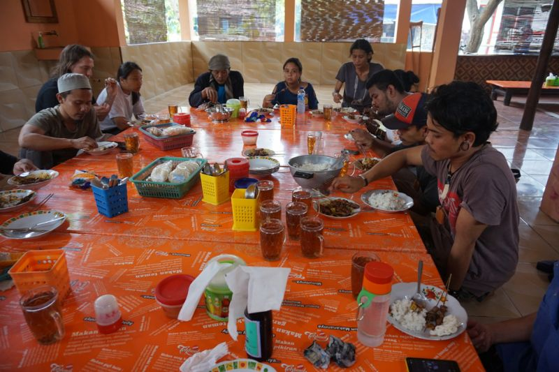 Having lunch together. Workshop on cultural landscapes at Jatiwangi art Factory, West Java, 2017. Photograph: © FOA-FLUX